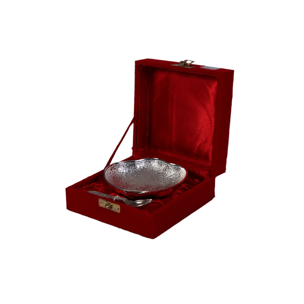 Betel leaf shaped german silver serving bowl