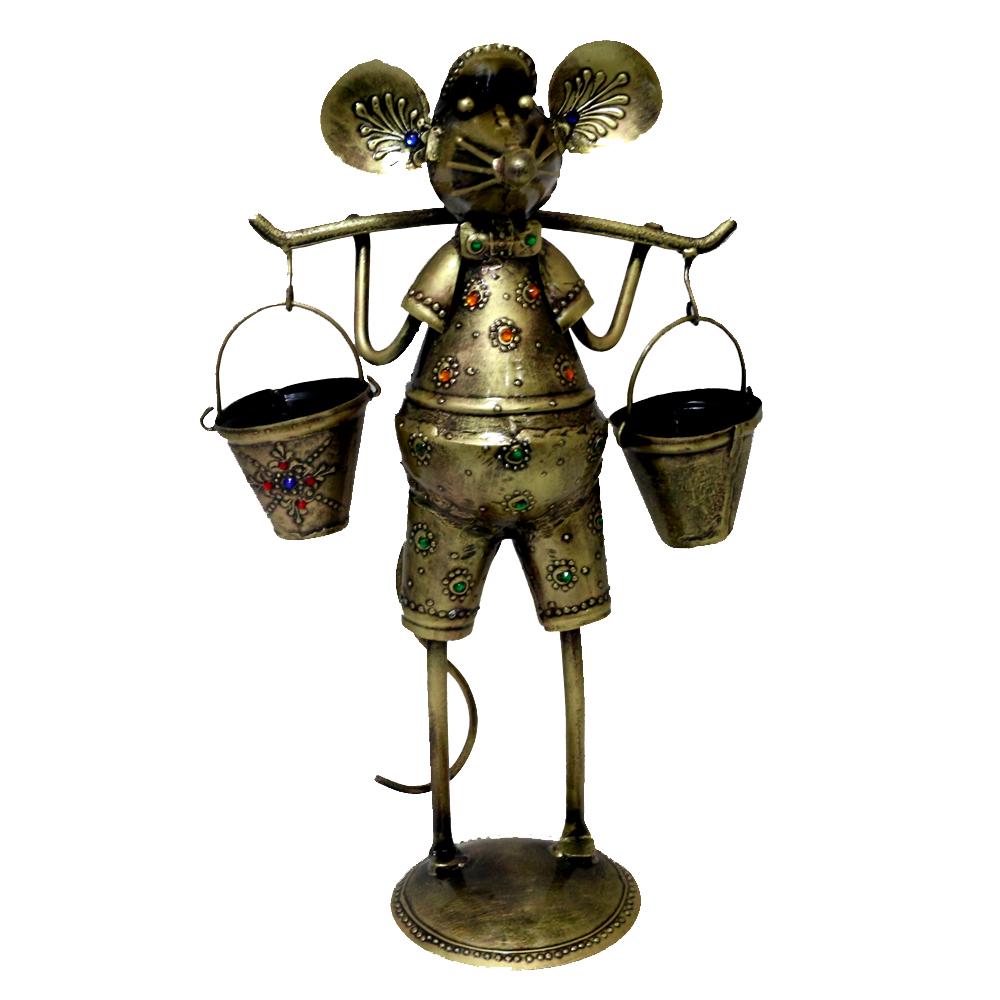 Brass coloured metal mouse showpiece