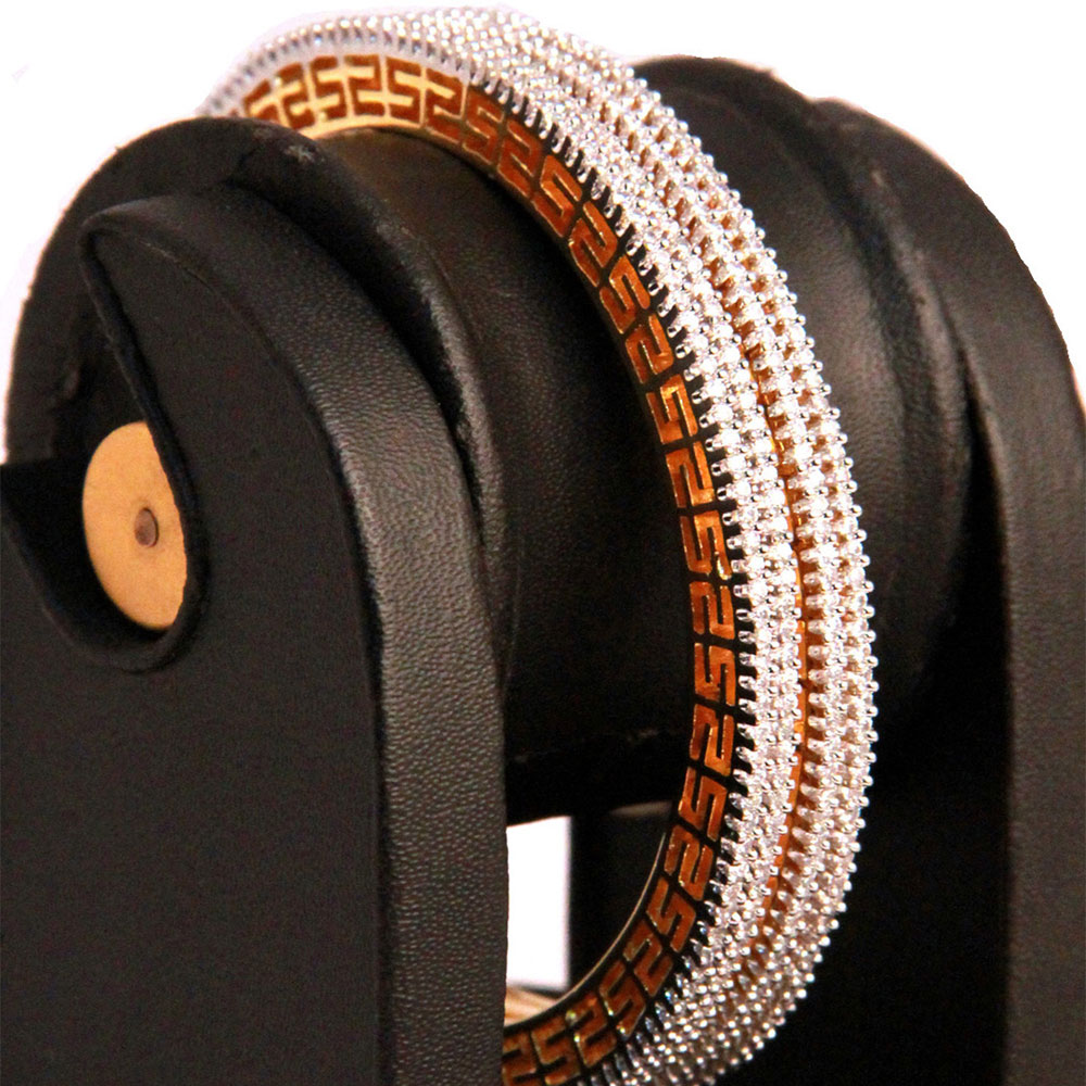 Brass metallic bangles
