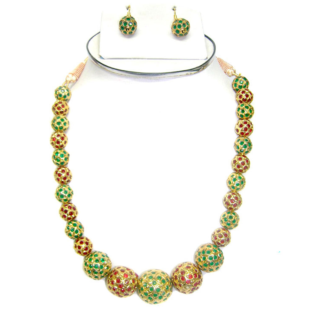 Combination of ruby & emerald hanging necklace