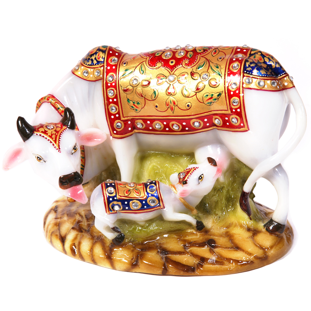 Decorative cow and calf statue made of soft marble fiber for a vastu makeover