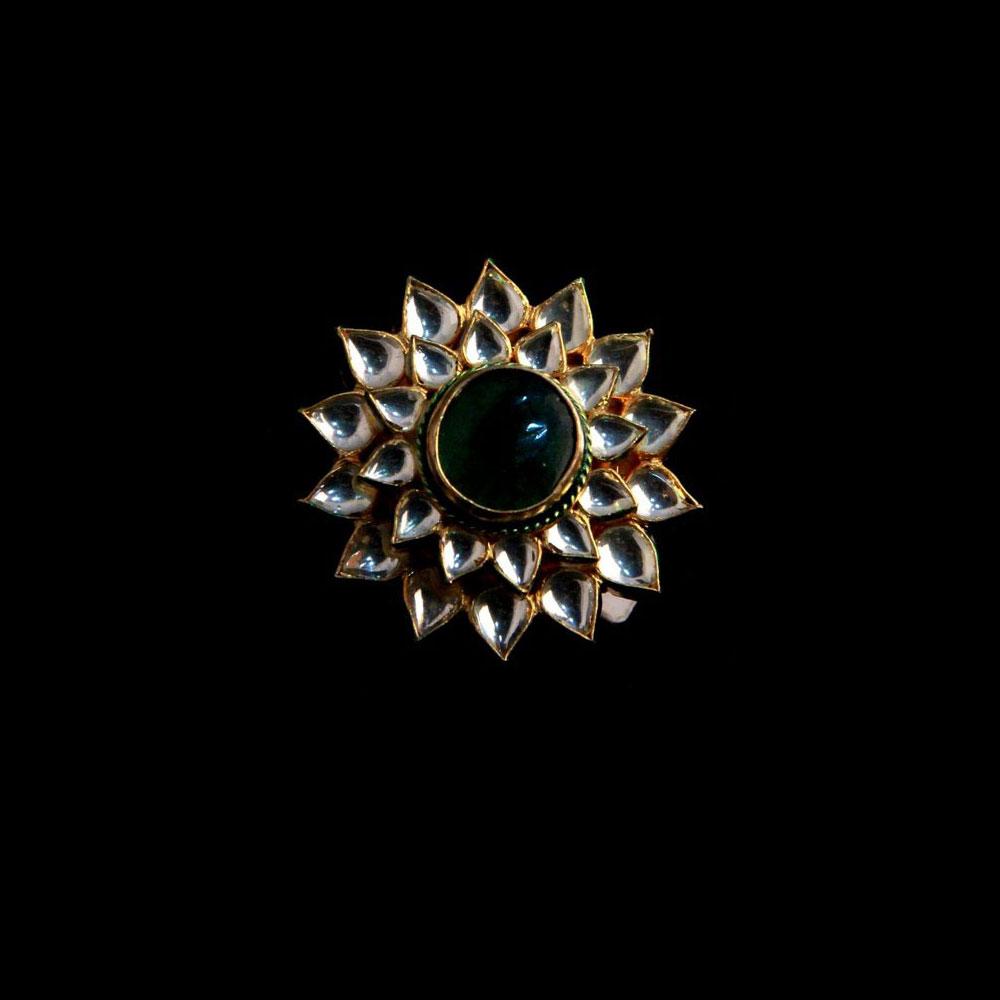 Designer kundan studded ring