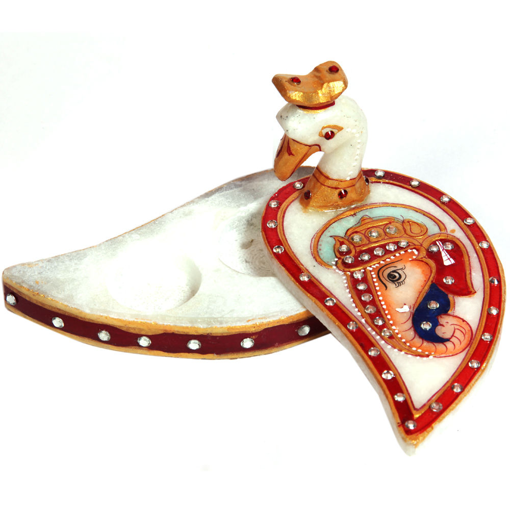 Peacock Chopra with Engraved Ganesh