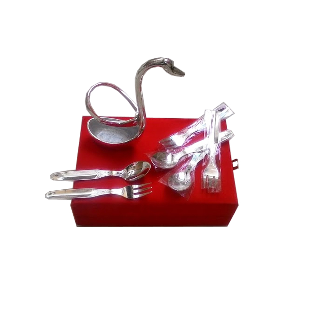 Attractive swan shaped spoon set