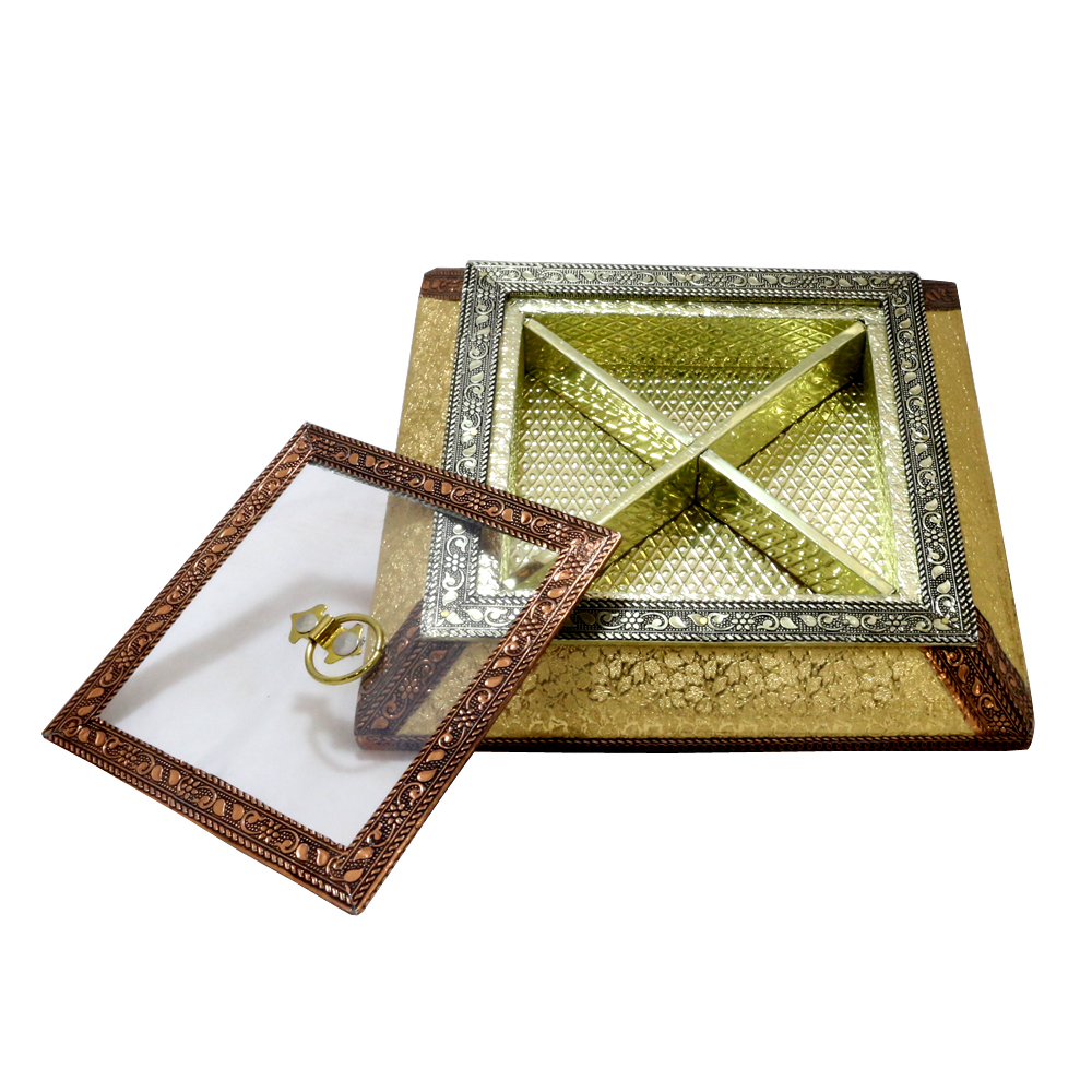 High Quality Wooden Box with Brass designed lid for Dryfruit Storage