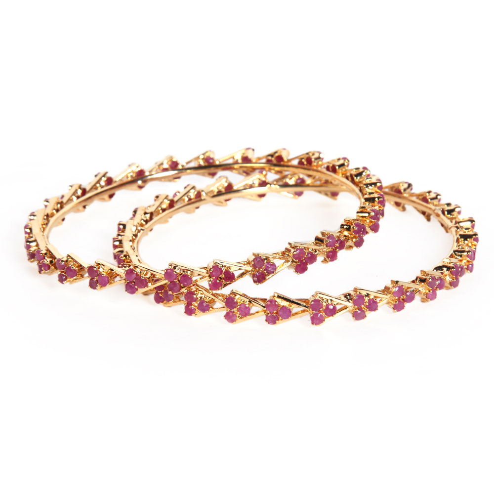 Gold plated moulded bangles