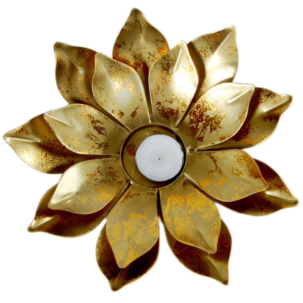 Golden flower shaped candle