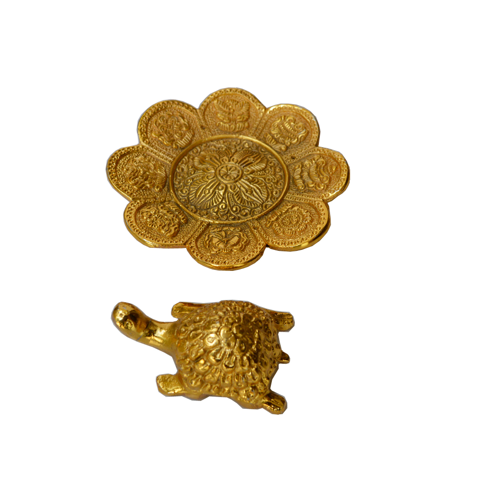 Oxidized Golden Polished Tortoise in Flower Shaped Plate