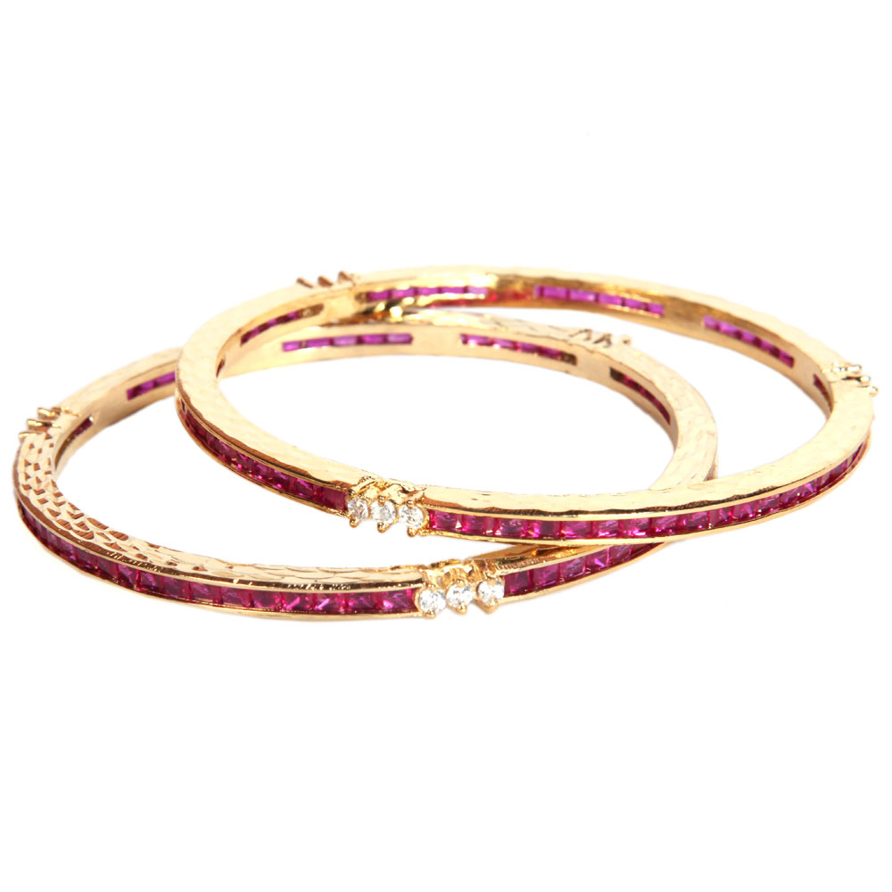 Plain crafted bangles