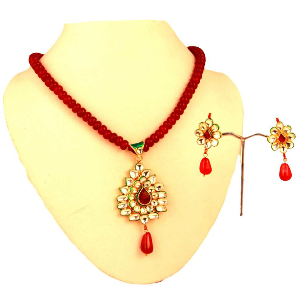 Red colour kundan pendant set