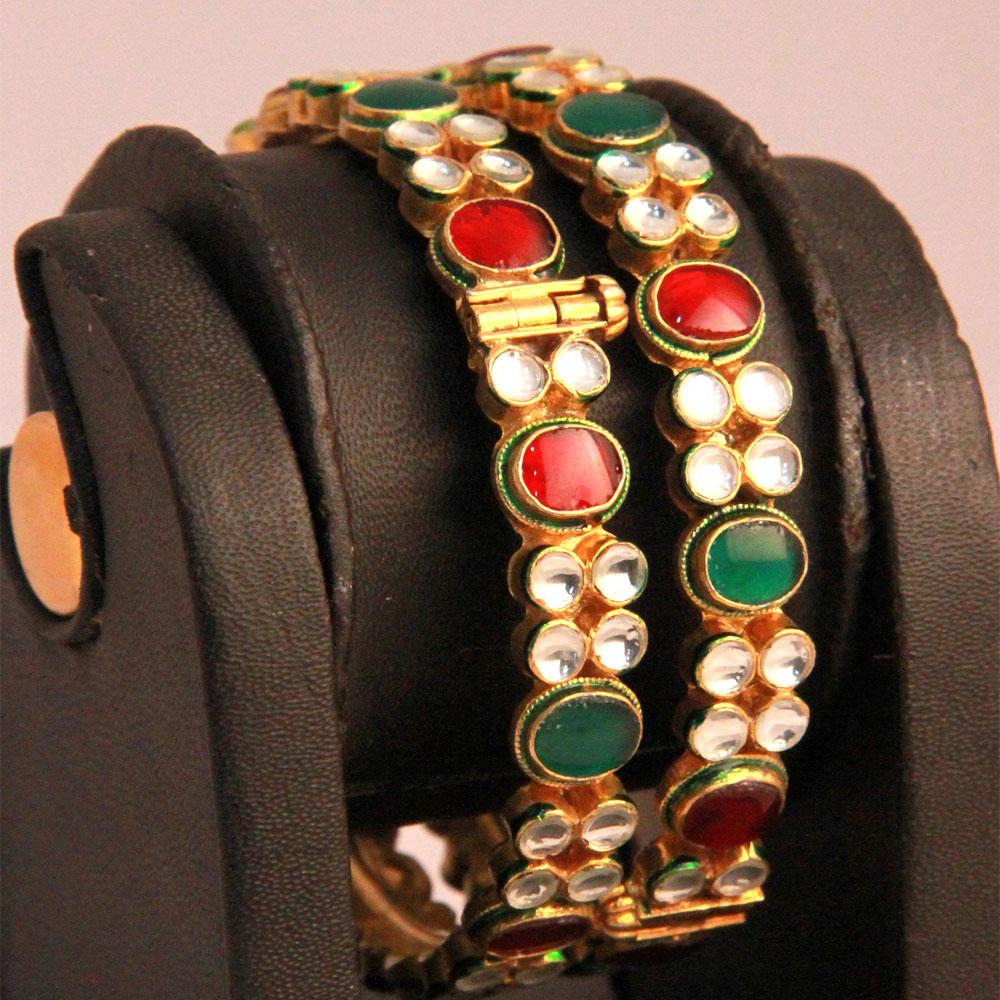 Red, green kundan bangles