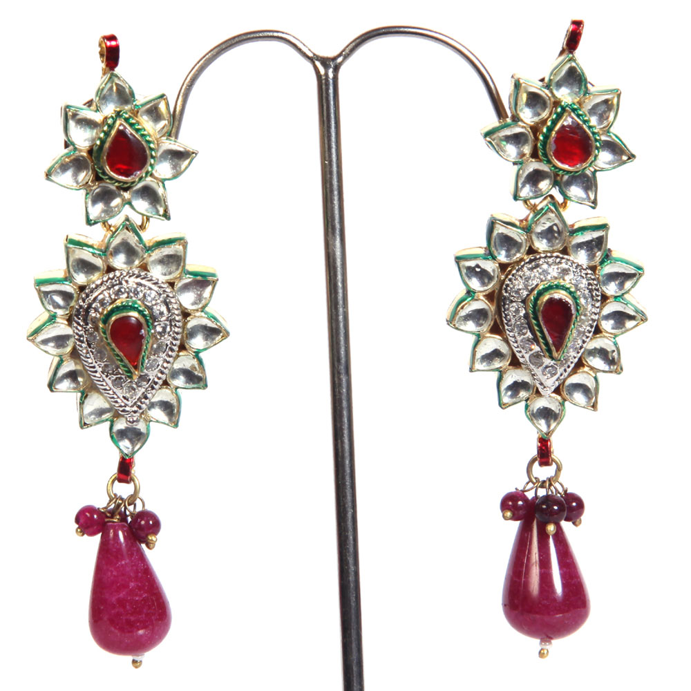 Studded fashion earrings