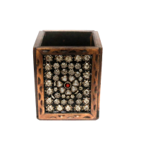 Dazzling Stone Studded Pen Stand