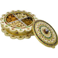 Gift box with wooden base and meenakri brass lid