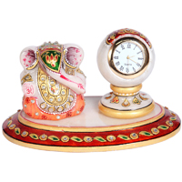 Oval ganesh n pillar watch